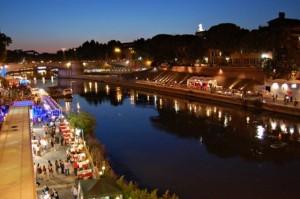 tiber river-nightlife